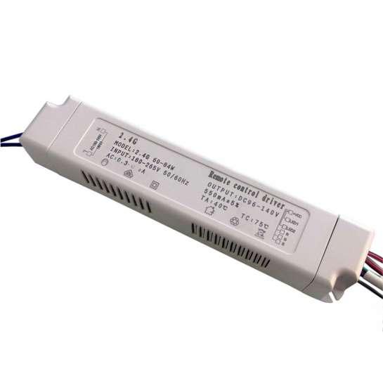 Boitier d'alimentation pour barrette LED RGBW à courant constant de 40 à 54 watts