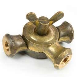 Rotule laiton Insillot, une articulation triple sortie pour tube fileté M10