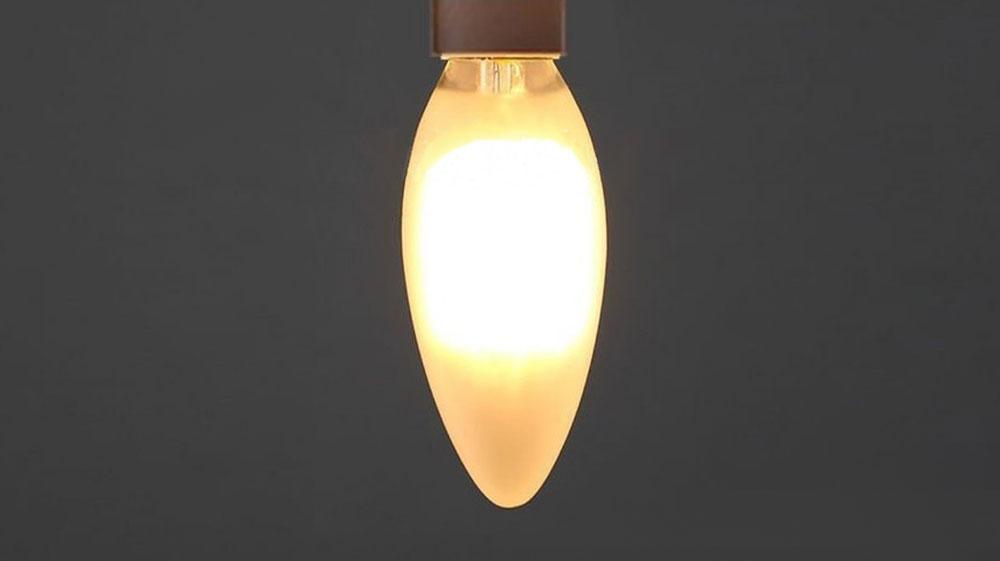 Ampoule flamme à quatre filaments-LED