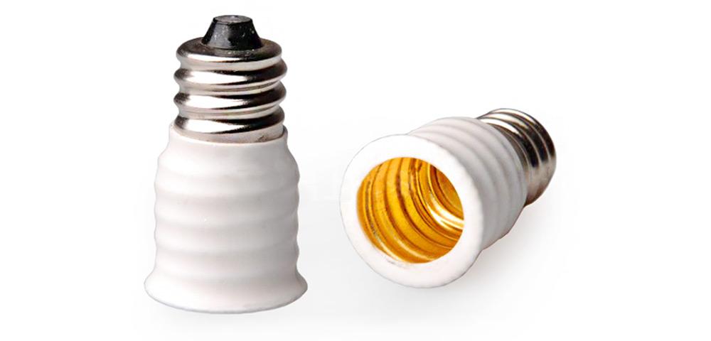 Douille d'adaptation - E12 vers E14 couleur blanc ou noir