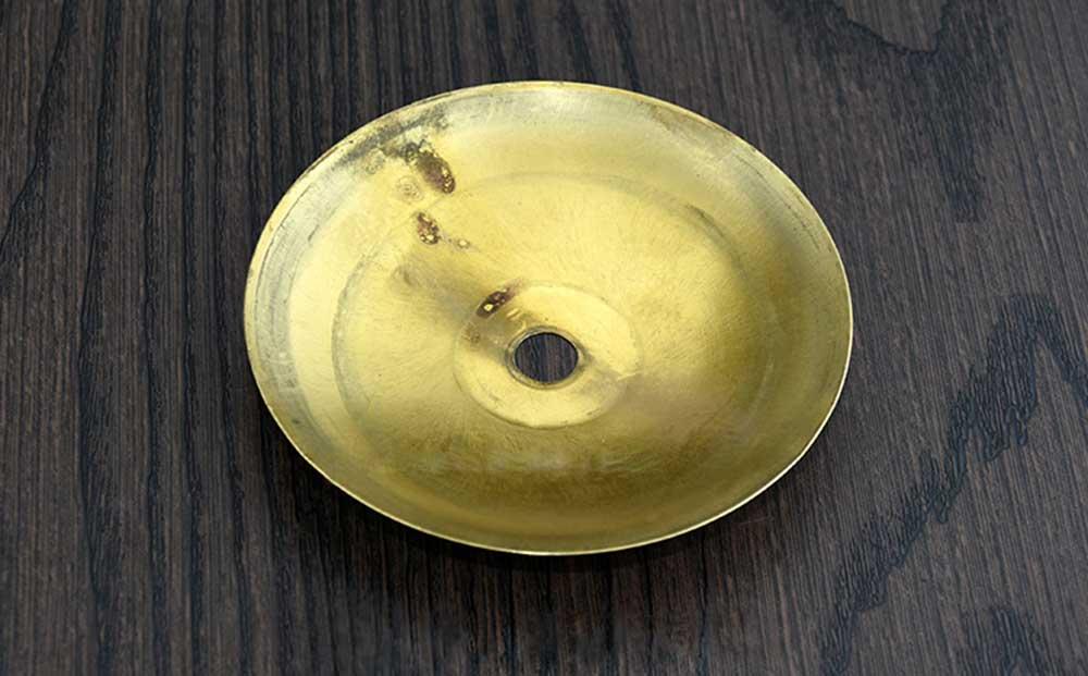 Rondelle laiton bombée finition brossé vernis