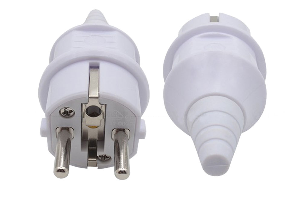 Fiche ou prise mâle 230 volts 2 P + Terre blanc